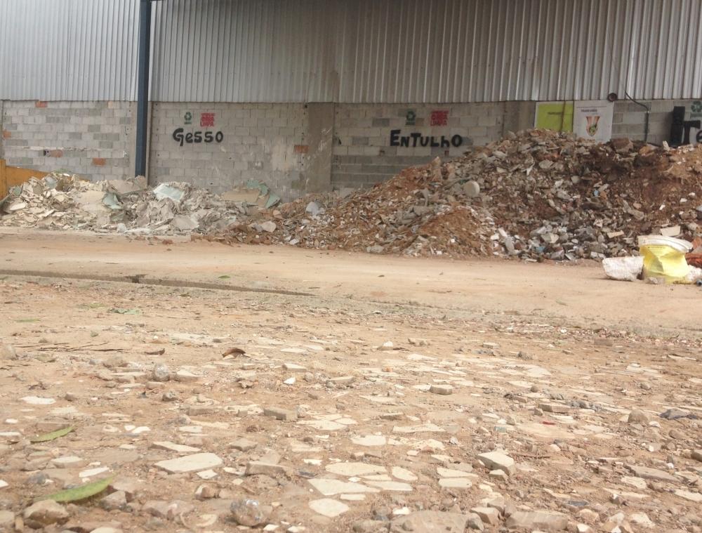 Limpar Terreno na Vila Santa Tereza - Limpar Terreno
