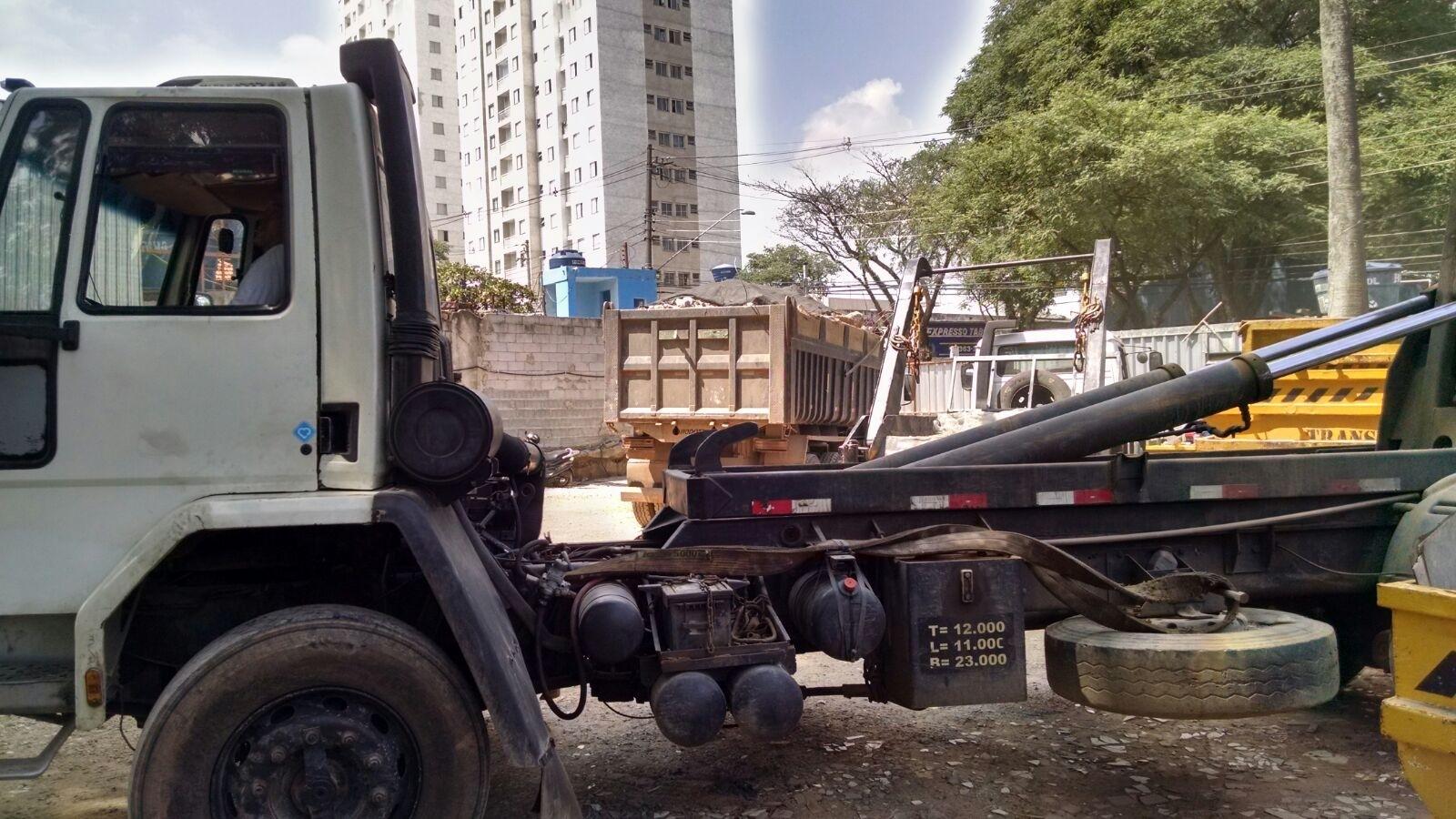 Procuro Limpeza de Terreno para Construção em São Bernardo Novo - Serviço de Limpeza de Terreno