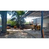 Empresa de retirada de terra na Vila Cecília Maria