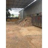 Empresas de remoção de terra na Vila Luzita