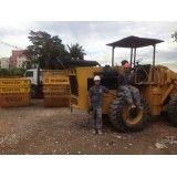 Pequenos serviços de retirada de terra na Vila Metalúrgica