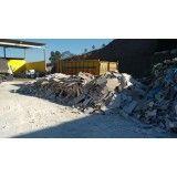 Serviço de remoção de lixo de obra de construções na Vila Progresso