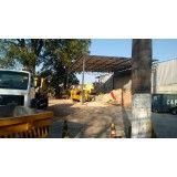 Serviço de retirada de terra no Parque João Ramalho