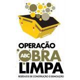 Serviços de remoção de terra na Vila Dora
